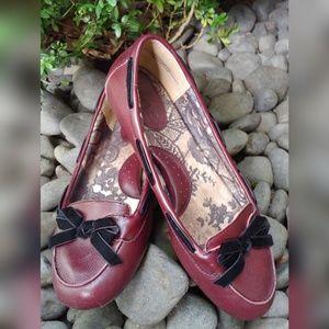 b.o.c. Born Concept Leather Flats w/ Bow
